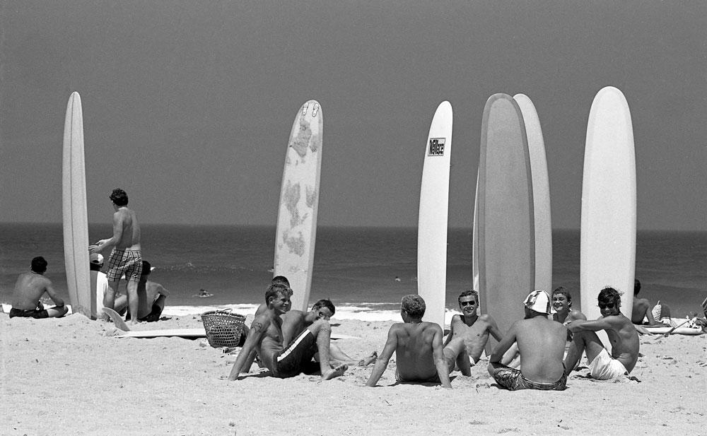 Surfers at Wanda c.1964